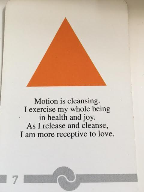 triangle-card