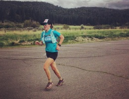 Running to the finish at Paiute Meadows 50k